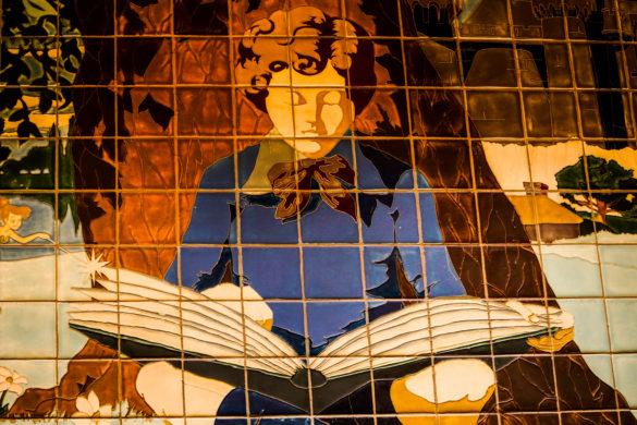 Storytellers Cafe, Downtown Disney