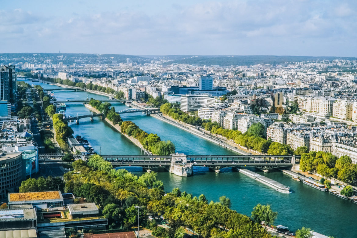 Seine River Paris - Exploringrworld.com
